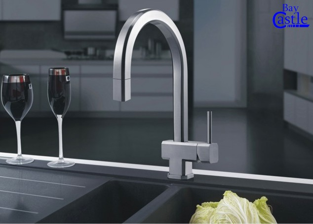atlanta pullout kitchen faucet rh castlebaysinks com